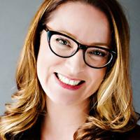 Headshot of Alanna McGinn